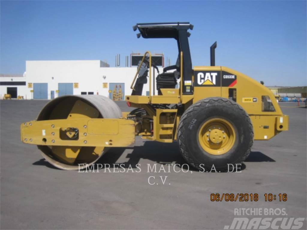 Caterpillar CS-533E