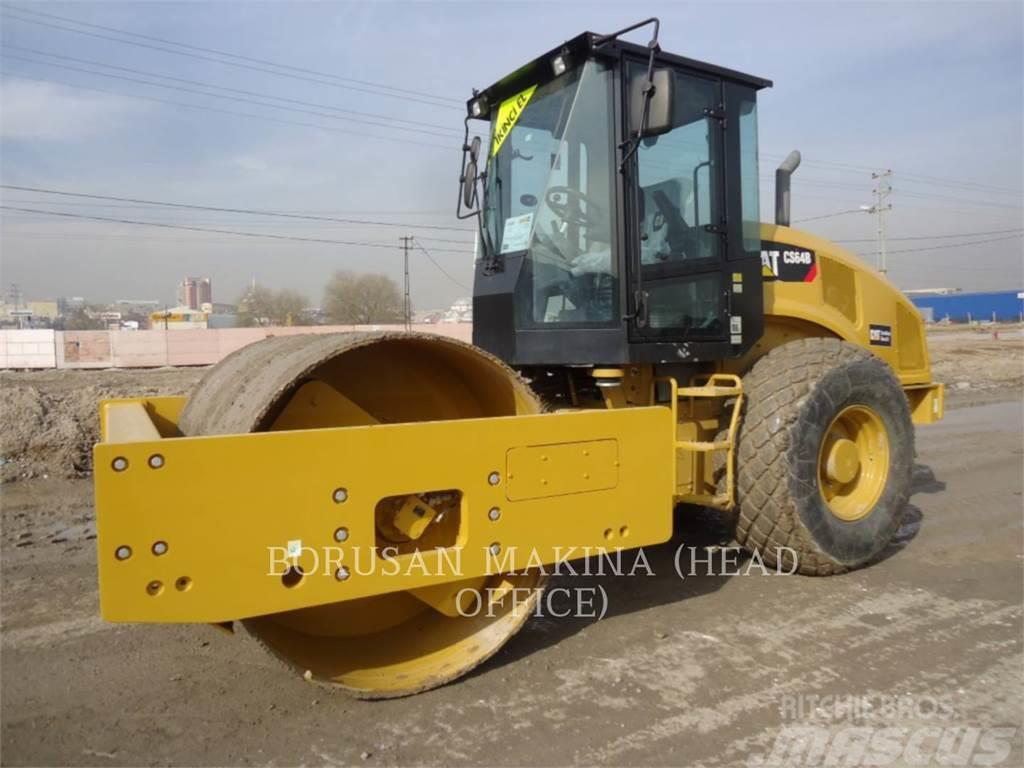Caterpillar CS64B