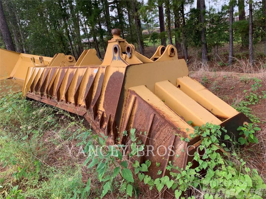 Caterpillar D8T BLADE 8SU MOLDBOARD W/PUSH PLATE