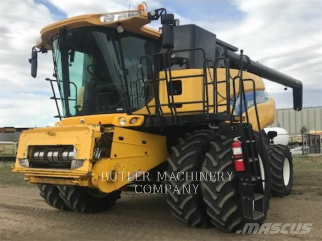 Ford / New Holland CR9070