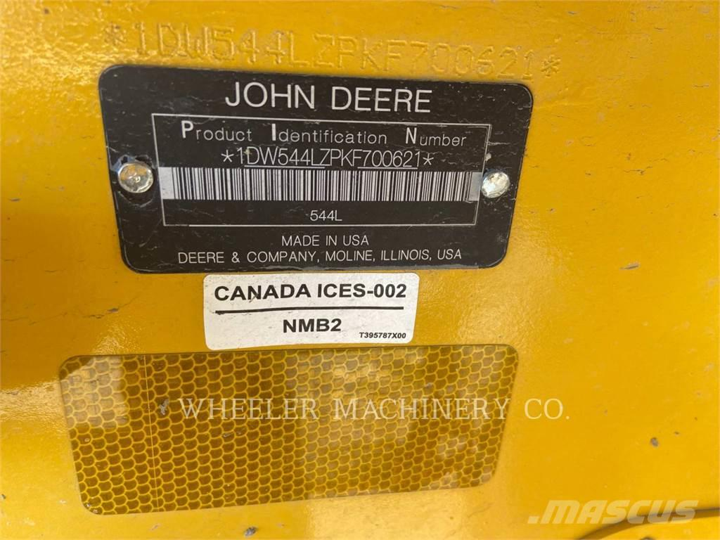 John Deere 544L