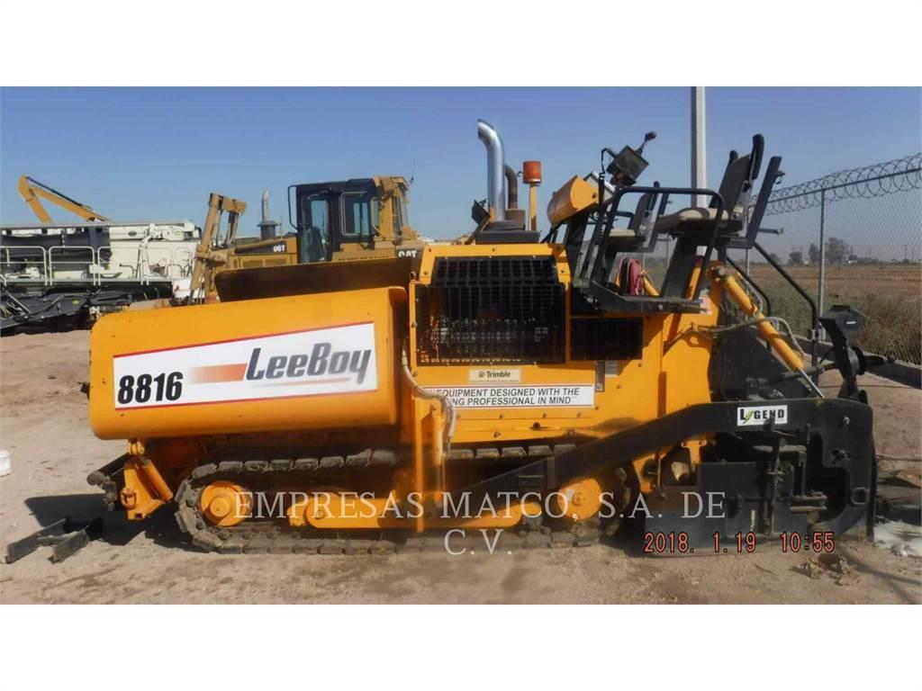 LeeBoy 8816