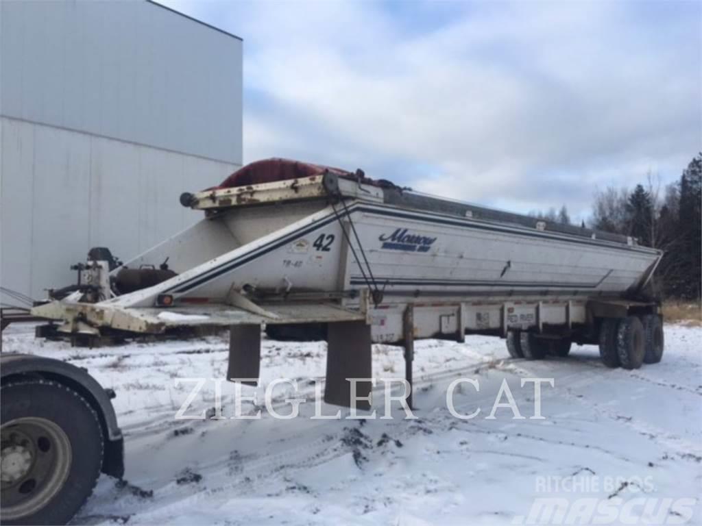 2001 Red River trailer lb236
