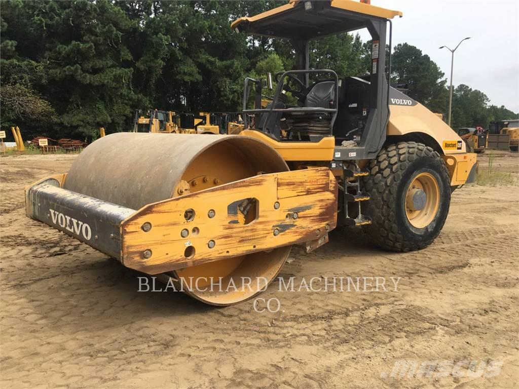 Volvo CONST. EQUIP. NA, INC. SD115B