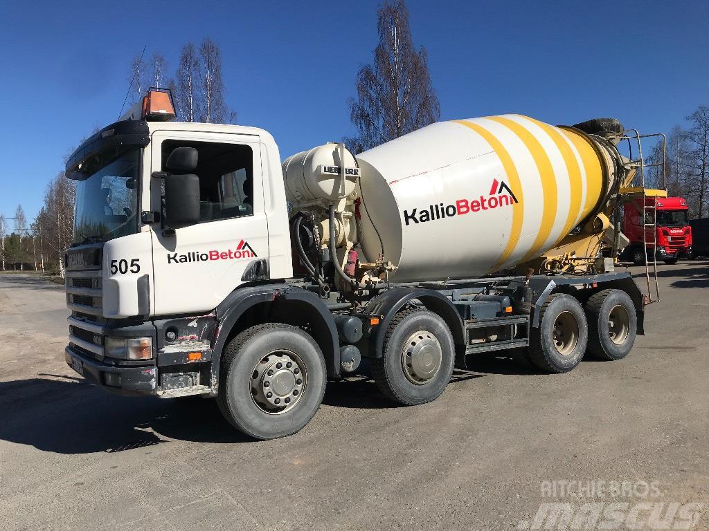 Scania R124 8x4 mikseri