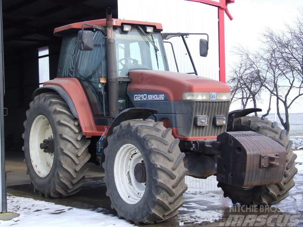 New Holland G 210