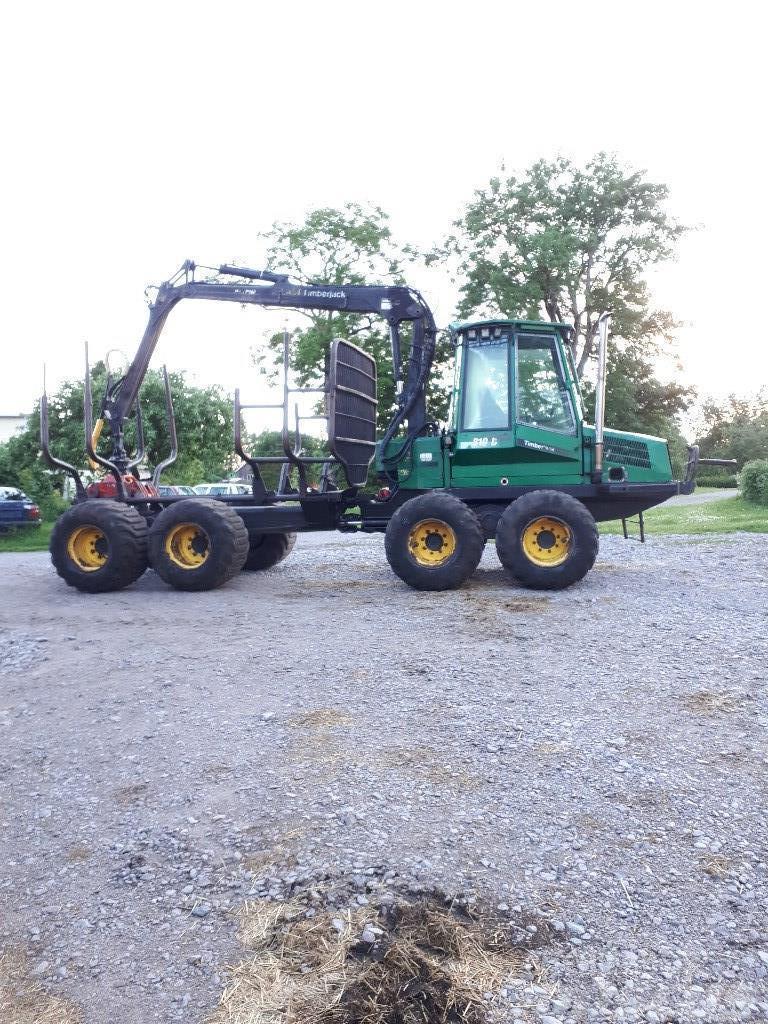 Timberjack 810 B