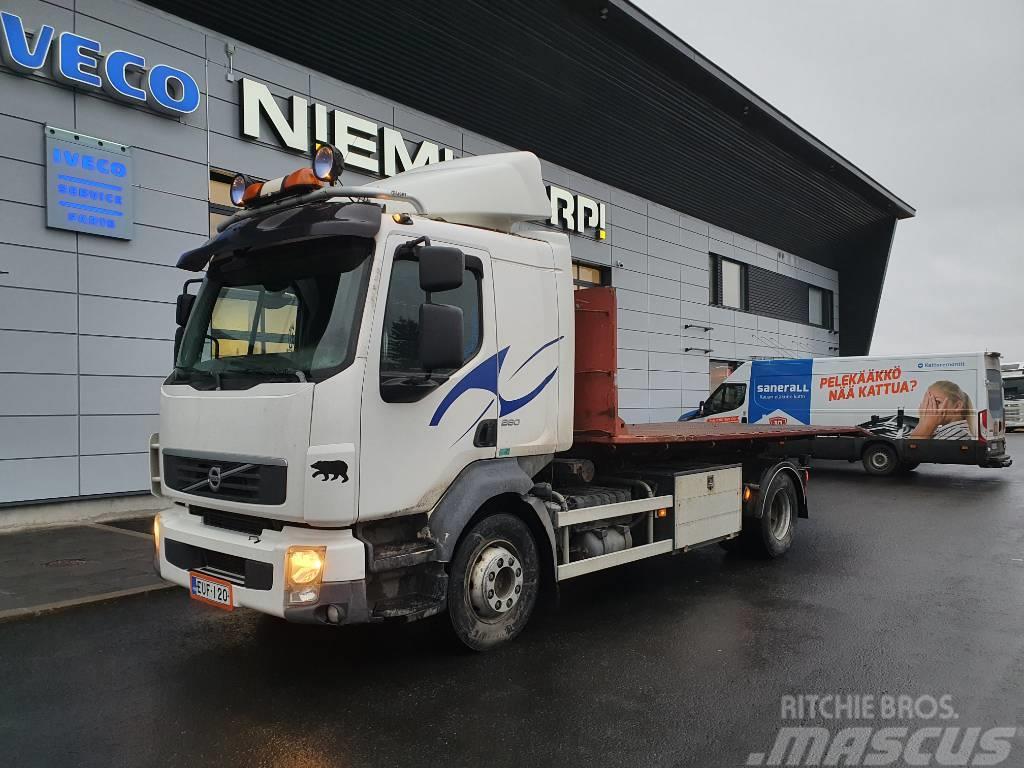 Volvo FL260