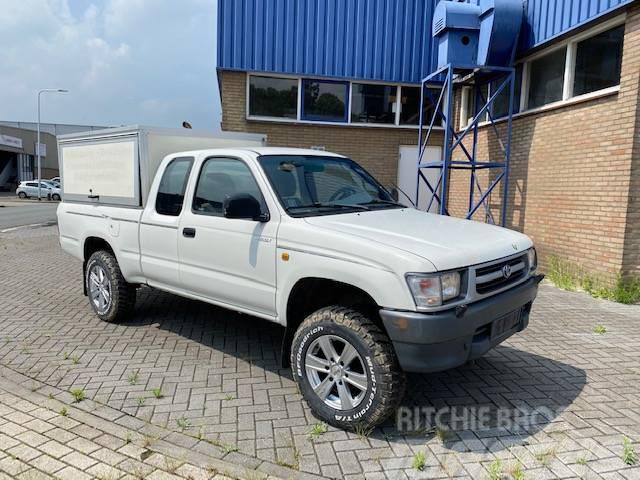 Toyota Hilux X-CAB 4WD Benzine