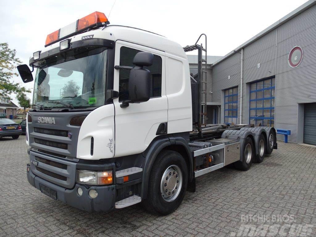 Scania P420 / MANUAL / 8X4 / STEERING AXLE / HOOKLIFT / L