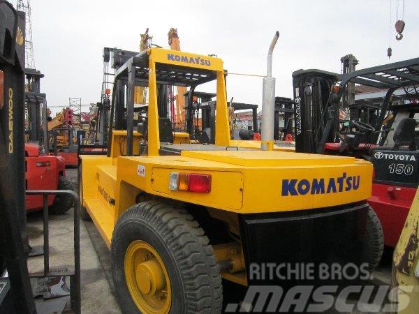 Komatsu FD200-7 / 20T