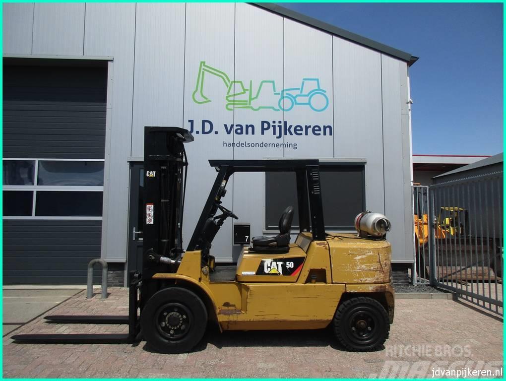 Caterpillar GP50K2 5t LPG triplex 5.4m + 4x hydrauliek!