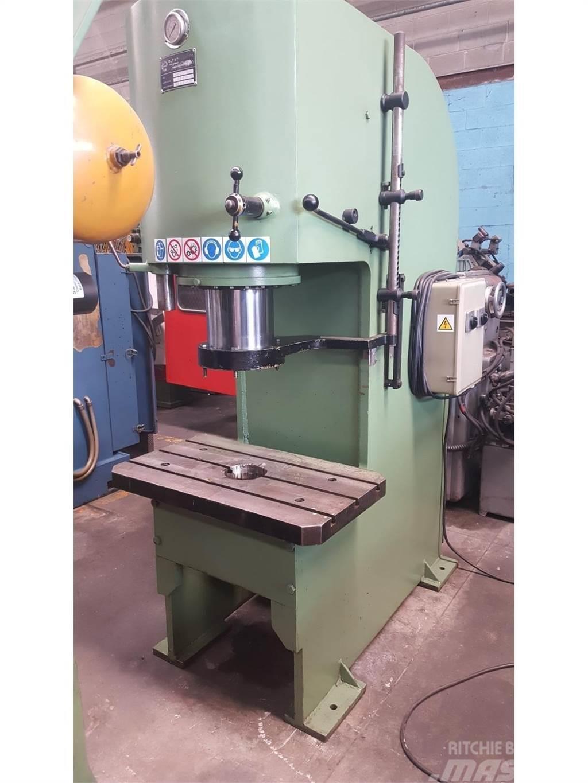 Pressa idraulica 100 ton afvalcompressors mascus nederland for Pressa idraulica 100 ton usata