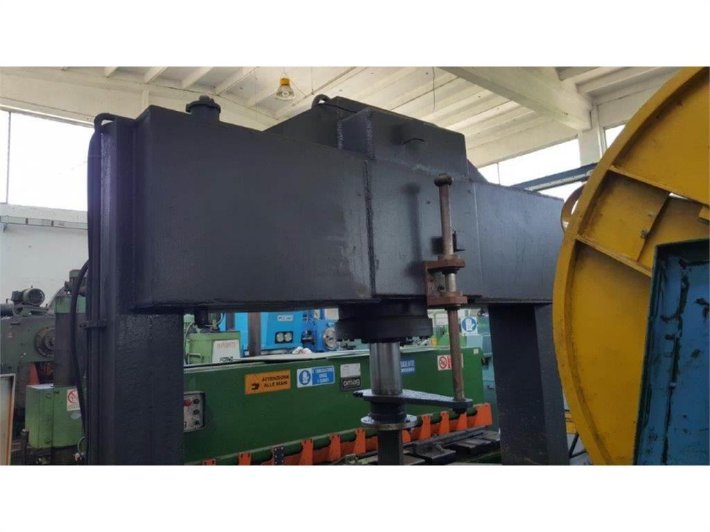 [Other] Pressa idraulica a portale pistone fisso potenza c