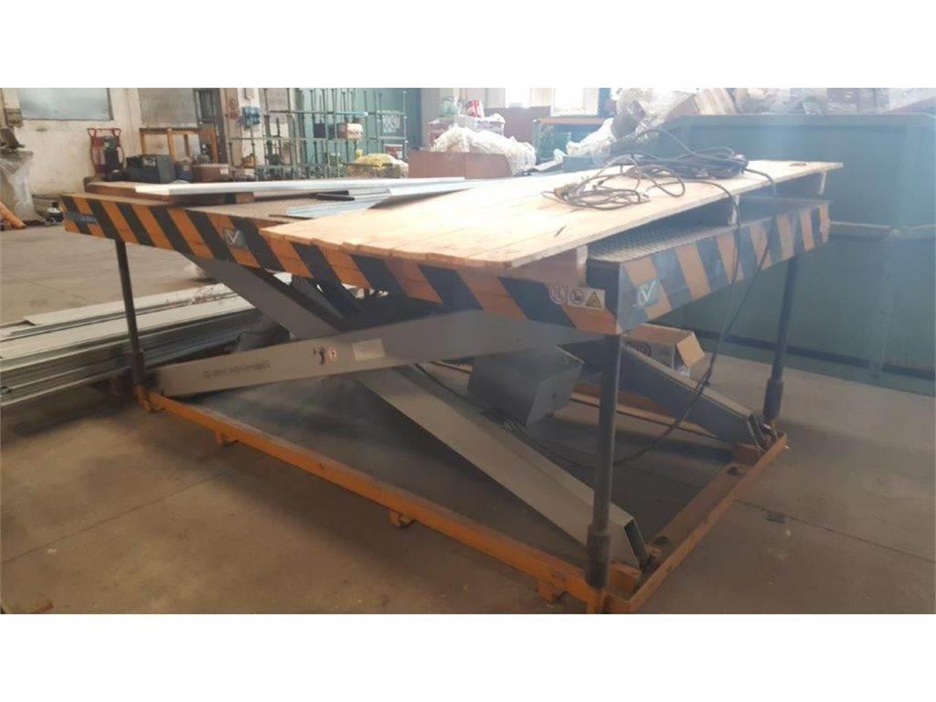 [Other] Tavola elevabile 2000 x 3000mm portata 2000 kg
