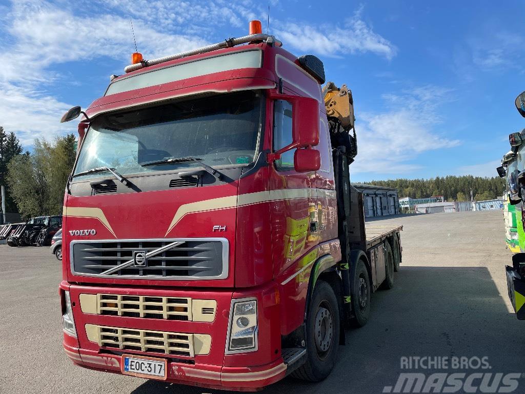 Volvo FH13 440 8x2. Effer 305