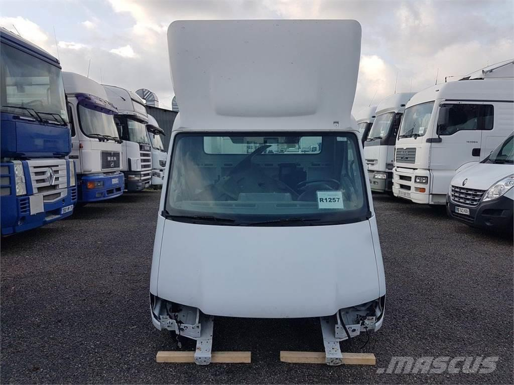 Renault Mascott CABINE D'OCCASION gamme 2001