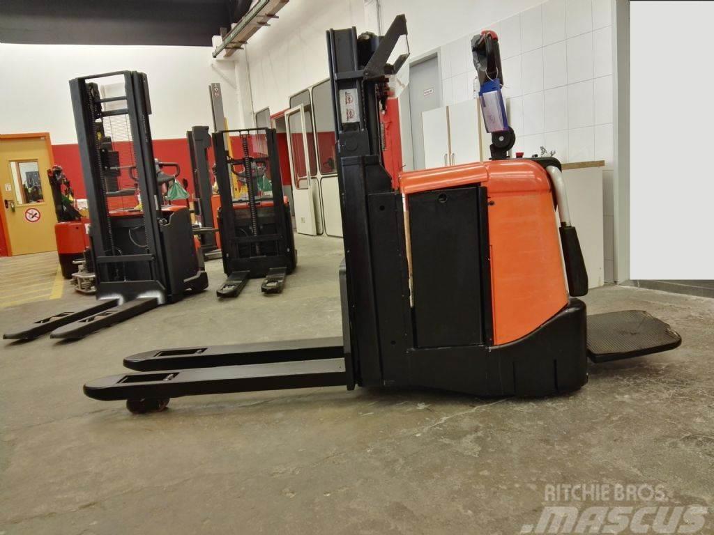 BT SPE 200 D// 2996 Std / HH 1850 mm