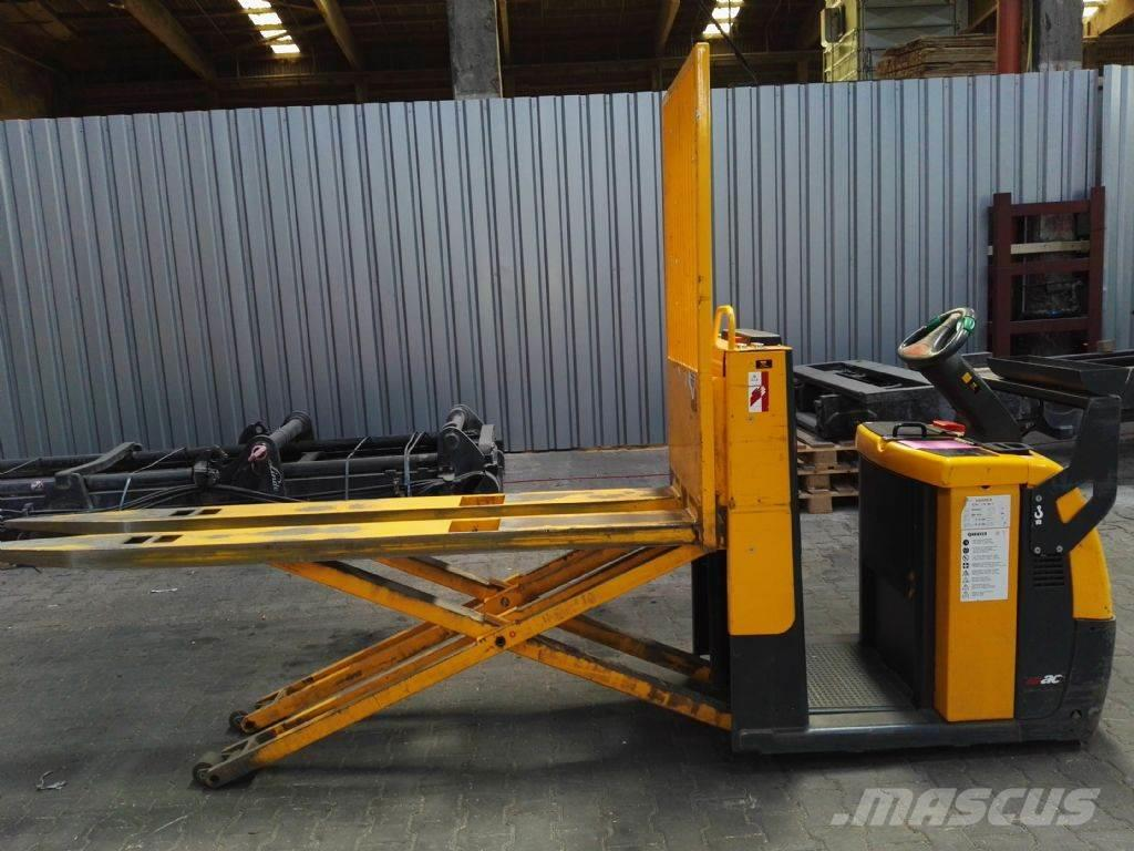 Jungheinrich ECC 20 SH HP G // Gabeln 2400 mm HH 810 mm