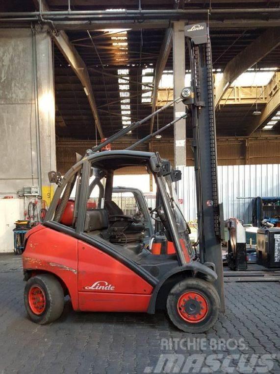 Linde H40T // HH 5.000 mm / Gabellänge 1.700 mm