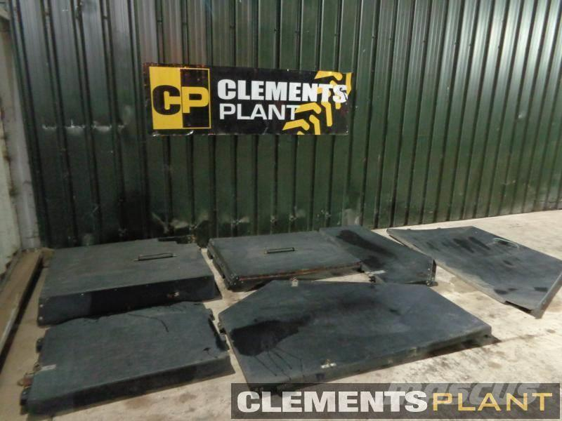[Other] Cab Guards JCB 535-125 (7)