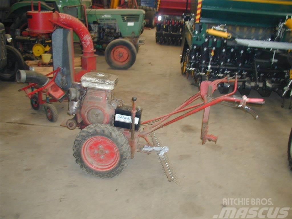 Nibbi MK 16 to hjulet traktor HTF Redskabsbærer