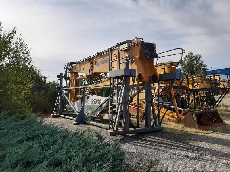 Liebherr R944B 18m+standard