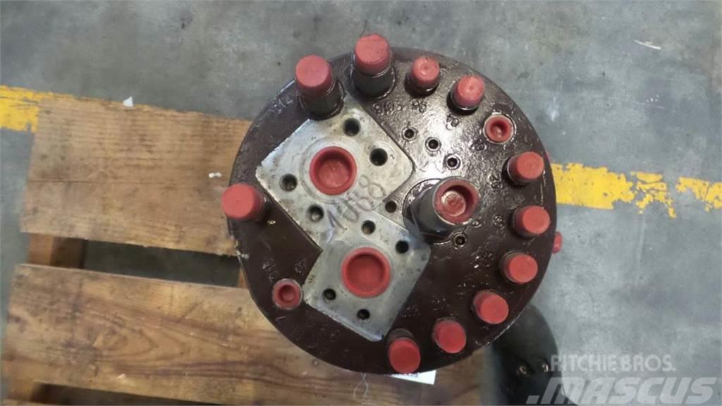 Case 1088P, Hydraulics