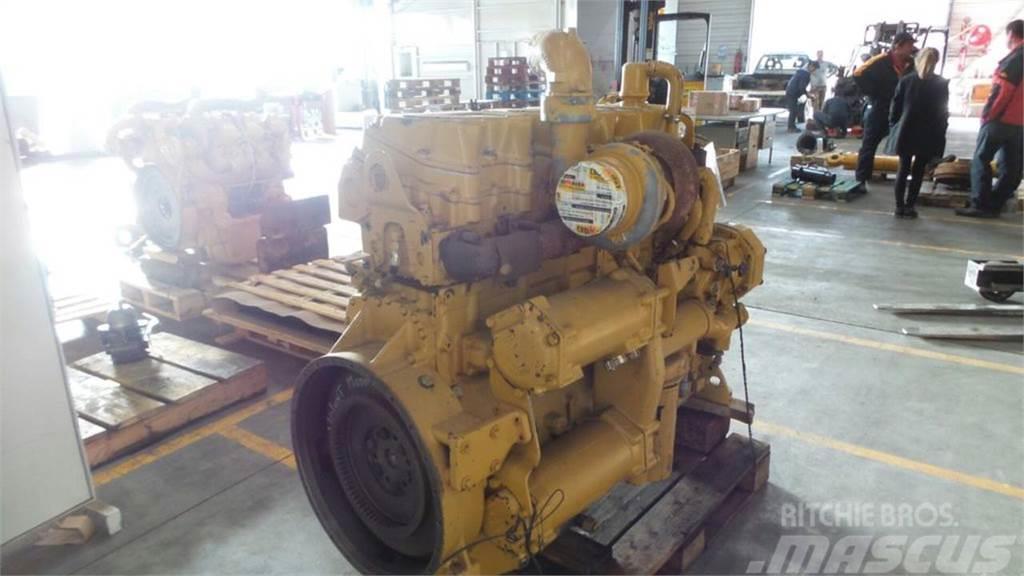 Caterpillar 735, Engines