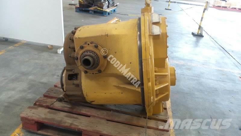 Caterpillar D6H, Transmission