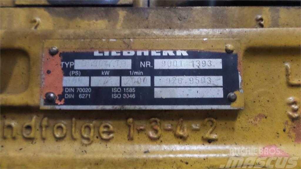 Liebherr A902LI