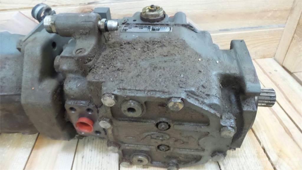 Liebherr PR722, Hydraulics