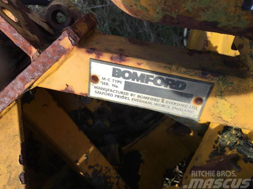 Bomford Hedge trimmer ram £100