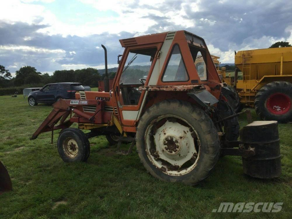 Fiat Tractor 680 H with loader £5500 plus vat £6600 inc