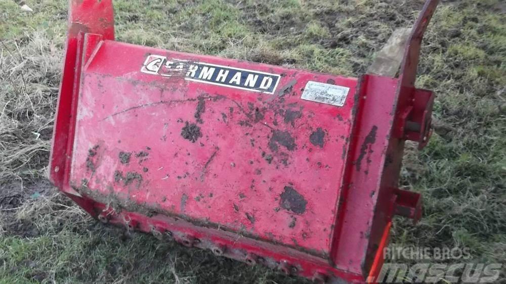 Massey Ferguson Farmhand front dung fork