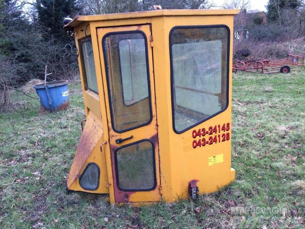 [Other] Machinery Cab £350 plus vat £420
