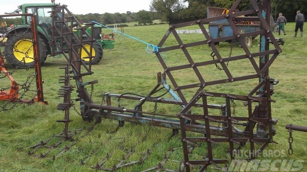 [Other] Parmiter Zig Zag harrows hydraulic folding £650 pl