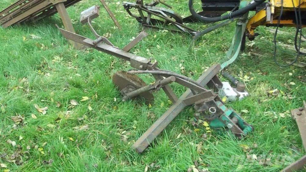 [Other] Tractor mounted cable layer £350
