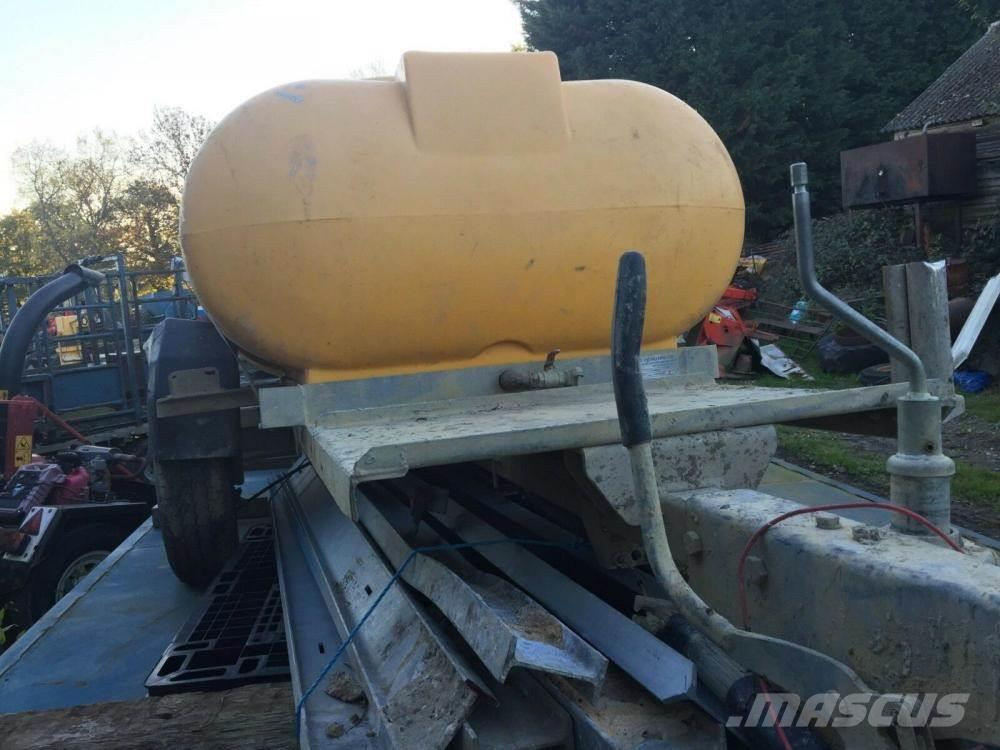 [Other] water bowser £400 plus vat £480