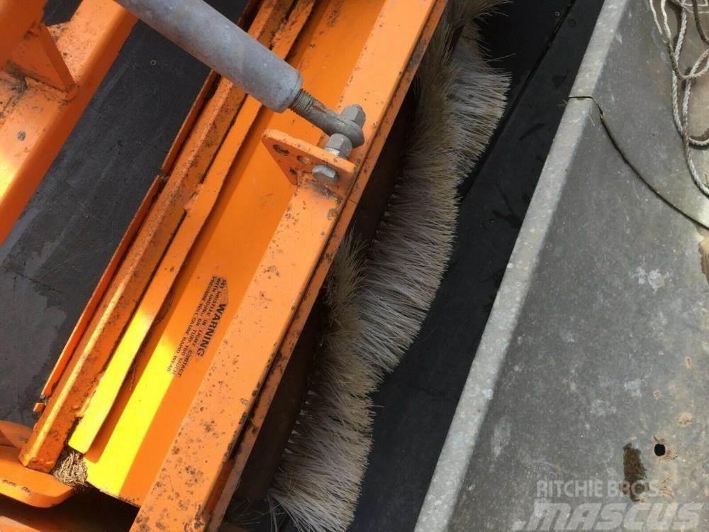 Sisis Latima Pto driven paddock sweeper /collector £750