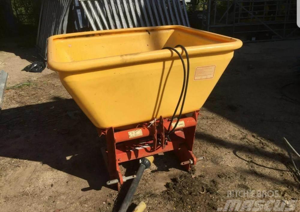 TEAGLE XT 20 Fertiliser Spreader £480 plus vat £576