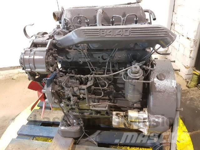 Nissan B4.40