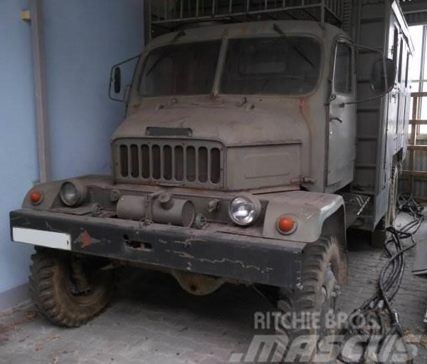 Praga V3S M2 205 SKS
