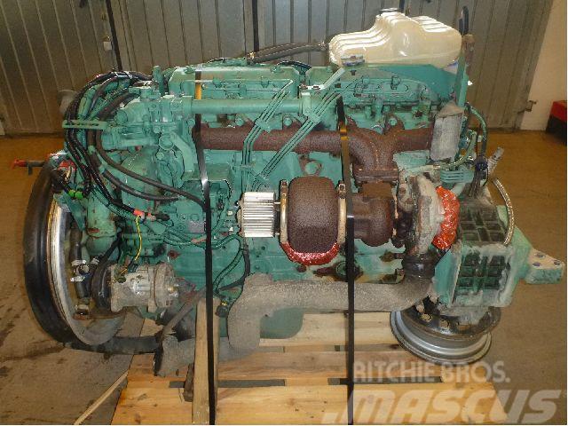 [Other] Motor D6B220 Volvo FL7