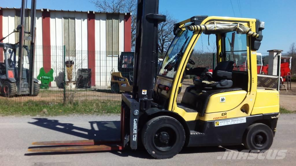 [Other] A LOUER CHARIOT ELEVATEUR LEVAGE 3T HYSTER H3.00FT