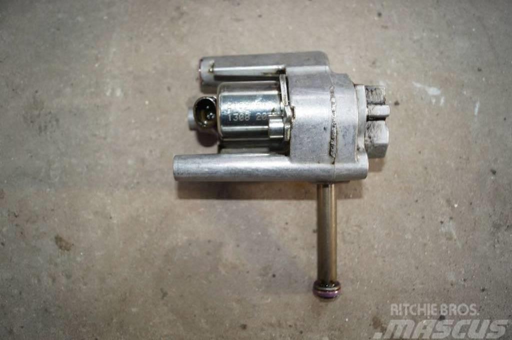 Renault Premium 460 DXI / Veb valve / 21596645
