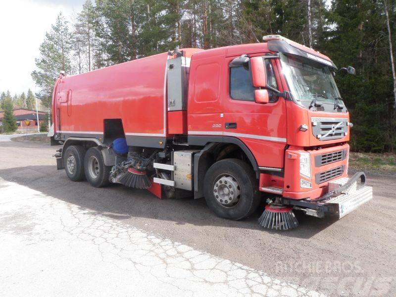 Brock SL410/2  J S Volvo FM330  6x2*4