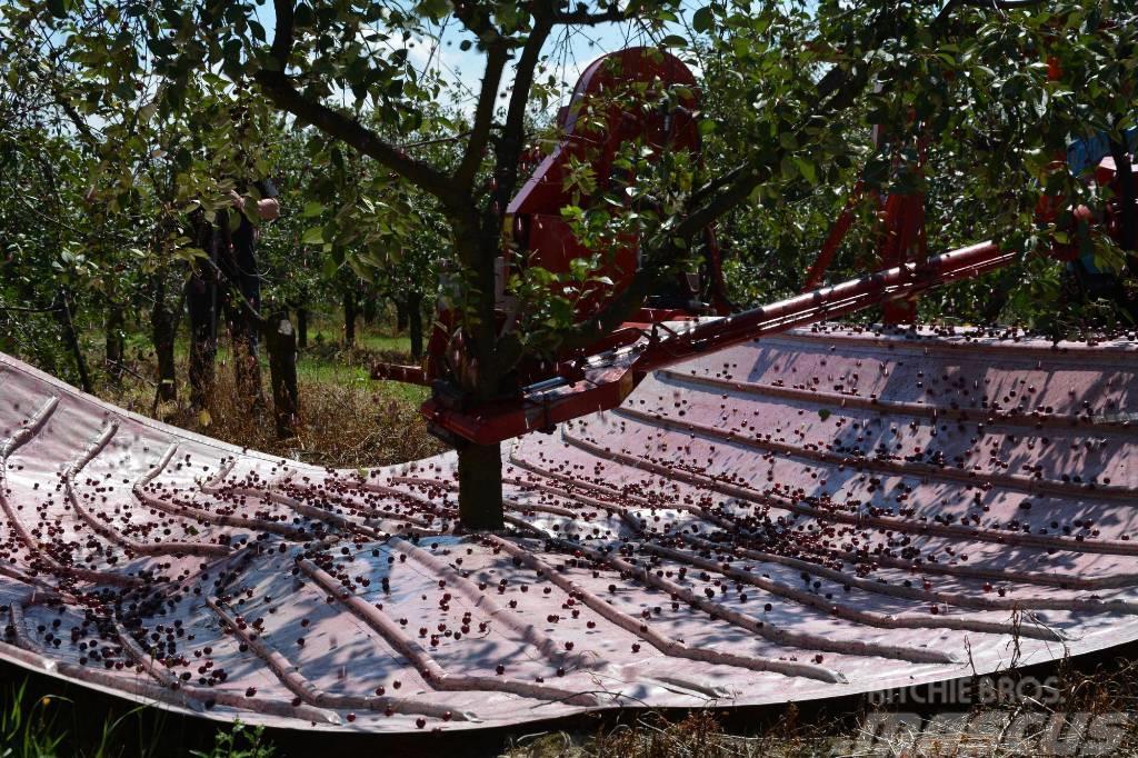 Weremczuk Otrząsarka do wiśni MAJA / Cherry harvester