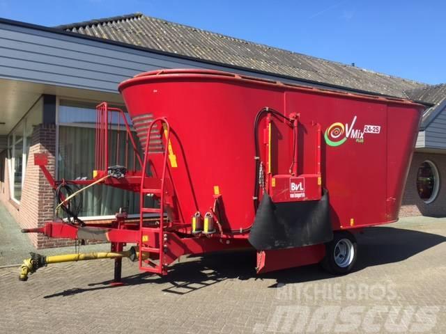 BvL van lengerich voermengwagen voerwagen 24m3