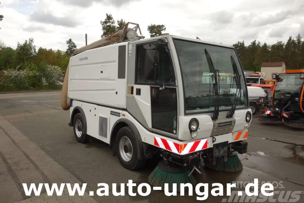 Bucher CityCat CC5000 Euro V mit Saugschlauch 4-Rad-Lenk